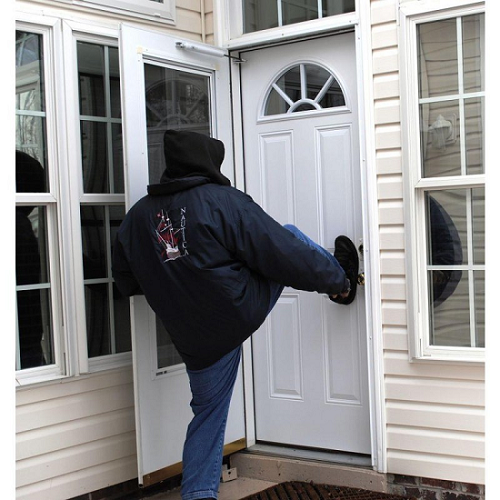 How To Secure The Front Door In Your Rental House Reolink Blog .
